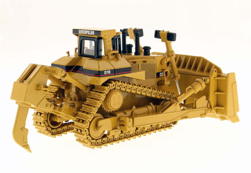 CAT D11R TRACK TYPE TRACTOR (1:50 scale)